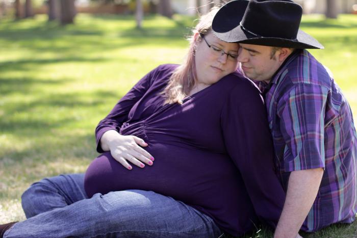plus size maternity photo
