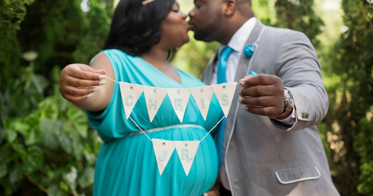plus-size-maternity-photo-shoot