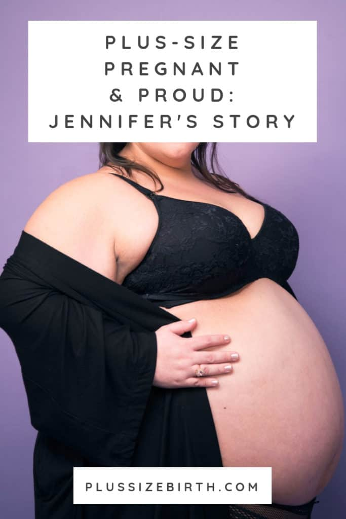 plus size pregnant woman, purple background