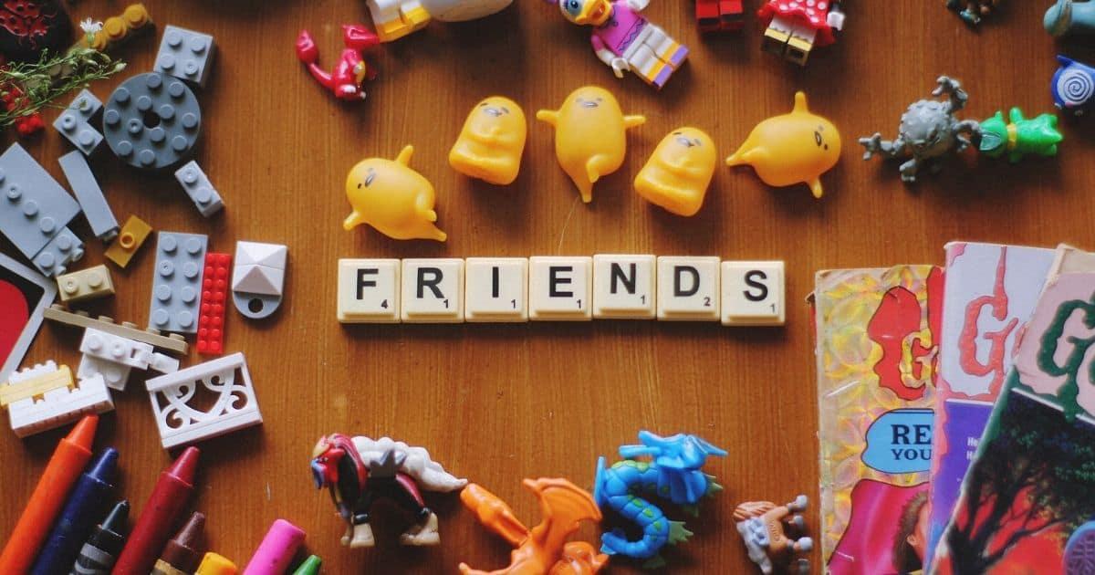 toys spelling friends